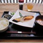 麻布十番 もち玉 - 焼魚定食