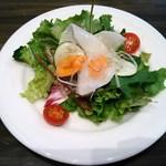 45482918 - ランチ:こだわりの野菜サラダ