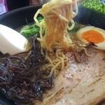 麺次郎 - トリトンラーメン 880円