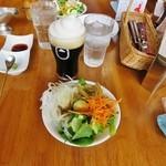 45493366 - 一番搾りフローズン(生)スタウト・サラダバーのサラダ