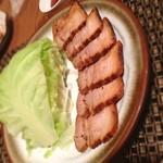 サンジュ - 久しぶりのサンジュ。煮豚とキャベツが美味しい