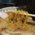 45498555 - 「ばんから」 麺アップ