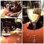 45503312 - ◆まずは「赤ワイン」と「スパークリングワイン」を。                       この後「カシスオレンジ」も頂きましたけれど、好みのテイストでした。
