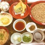 稚加榮 本店 - そば定食