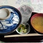 氷川サービスステーション - 201512親子丼\670+税