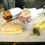 Camelback sandwich&espresso - サンドイッチ
