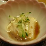鯉清 - (2010/6月)うな重についてくる豆腐