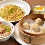 上海湯包小館 - 日替りランチイメージ