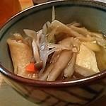 金太 - せんべい汁(お通し)