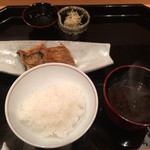壽山 - 白ご飯&赤だし