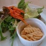 メイプル・カフェ - 常陸秋そば きのこソースのパスタセット¥1000 サラダ