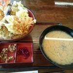 和風レストラン やまさ - 天丼(1296円)
