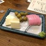 大衆酒場 よっちゃん - 三点盛¥200