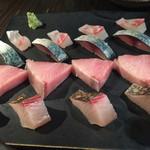 麹町市場 - 日本酒に合う鮮魚系が多数。これまた日本酒好きには嬉しい心づくしでした。