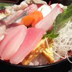 和食Dining うお座 - 海鮮丼アップ逆から