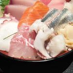 和食Dining うお座 - 海鮮丼アップ