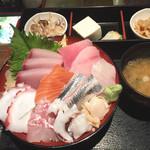 和食Dining うお座 - 海鮮丼御膳980円