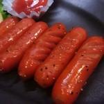 マルハチ商店 - 赤ウインナー炒め