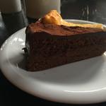森のカフェ - ケーキセット・チョコレートケーキ側。