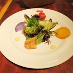 45545912 - ランチの鎌倉野菜の新鮮サラダ