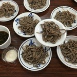 Sobafuji - 私たちのグループが打った蕎麦を茹でて皿そばにします