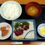 浅海 - 料理写真:くじら刺身定食650円