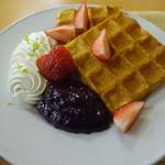 カプリスCake&Cafe - ワッフル ブルーベリー