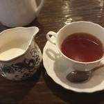 カフェ GOTO - ミルクティー