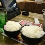 七輪焼肉 安安 - ライス中と大。国産米使用でもあんまり…。
