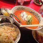 海華 - 担々麺ランチ