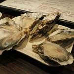 牡蠣Bar - お任せ盛り合わせ