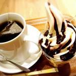 45567961 - たんぽぽ茶と生乳サンデー☆