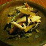 そば草香 - 山菜の煮物