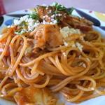 れんげ草 - 粉チーズ・タバスコをスタンバイでいただきます。