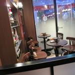 串鳥のワイン酒場 TANTO - 店内(2015年12月)