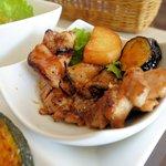 ビストロ シュシュ - 柔らか若鶏のローストチキン