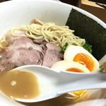 天日地鶏 - スープ濃厚♪