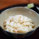こまつ - 香箱蟹の炊き込みご飯