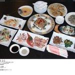 吉祥飯店 - 大人気のコース料理!2000円でこのボリュームはすごい!!