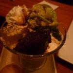 咲くら - ☆抹茶パフェはわらび餅がトロットロですぅー(#^.^#)☆
