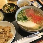 ゆんたく - ゆんたく(沖縄家庭料理ランチ)