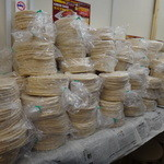 アジアン ケバブ - ケバブサンド用の大量のピタパン