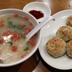 福利亭 - 漢方お粥+ニラ饅頭