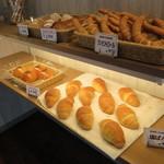 金澤こっぺ - 普通のパンも売ってる