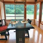 湯倉温泉 鶴亀荘 - イイ雰囲気の食事処(2010年7月)