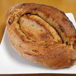 TUMUGI BAKERY - 天然酵母ライ麦パン(白いちじく)