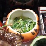 伊万栄 - 青菜のお浸し