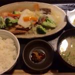 45609617 - カレイ唐揚げ野菜あんかけ定食  850円