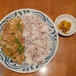 膳部 香蔵 - チキンカレー(750円)