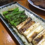 八たん - シシトウとネギ焼き